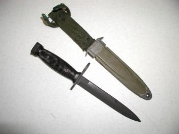 M7 Bayonet w/ M8A1 Scabbard