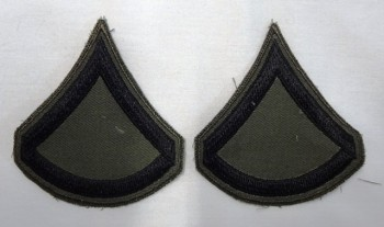 Private 1st Class, Subd. Sleeve Set (Black on Green).