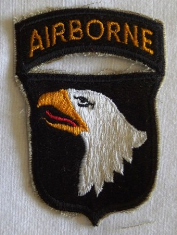 101st Airborne Division, Color, Cut-Edge